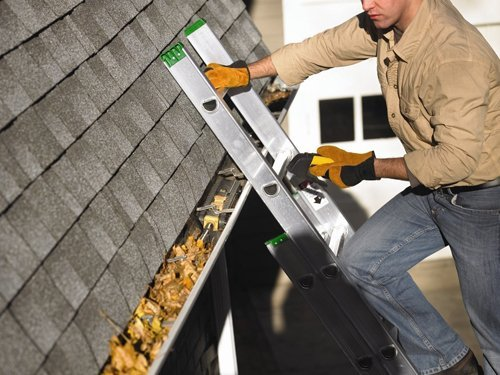 Eavestrough - Gutter Cleaning Toronto