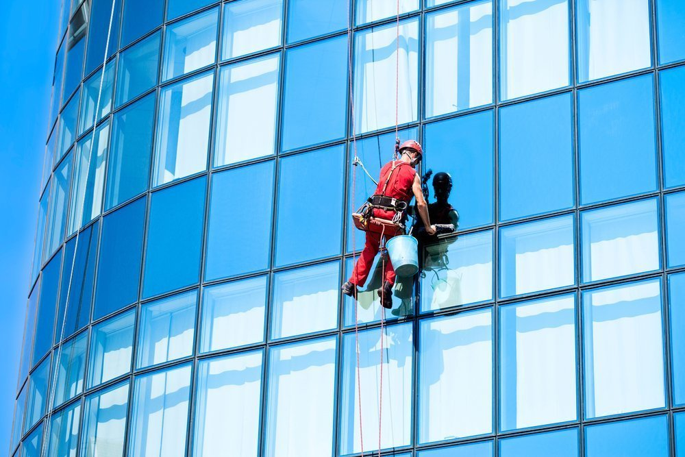 Advice on How to Maintain Clean Windows