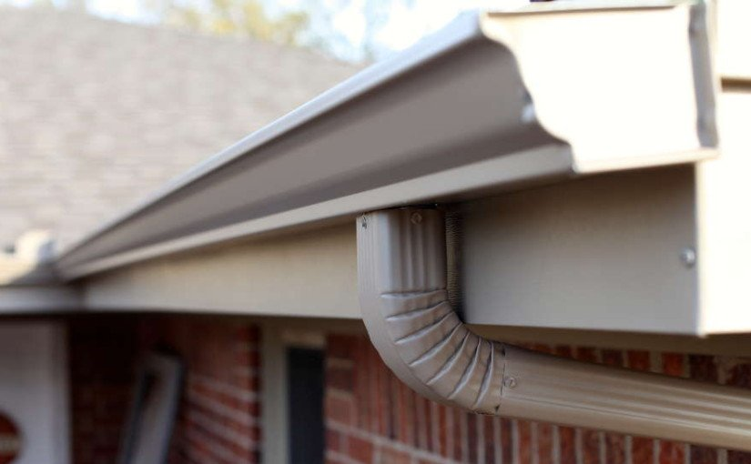 Keep-your-gutters-clean-for-the-rainy-season