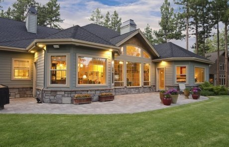 exterior-of-beautiful-home-with-very-clean-windows